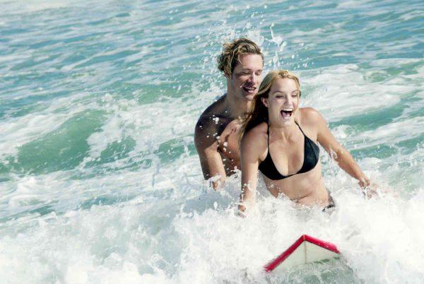 par surfuje zajedno