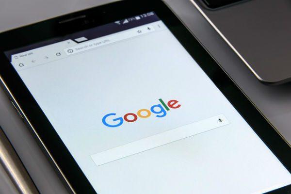 Gugl pretraga