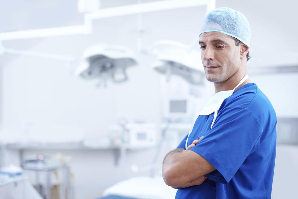 specijalista oralne hirurgije