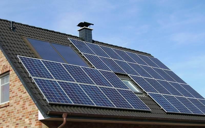 kuca-solarni-paneli